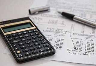 calculator-calculation-insurance
