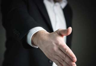 handshake-hand-give-business-man