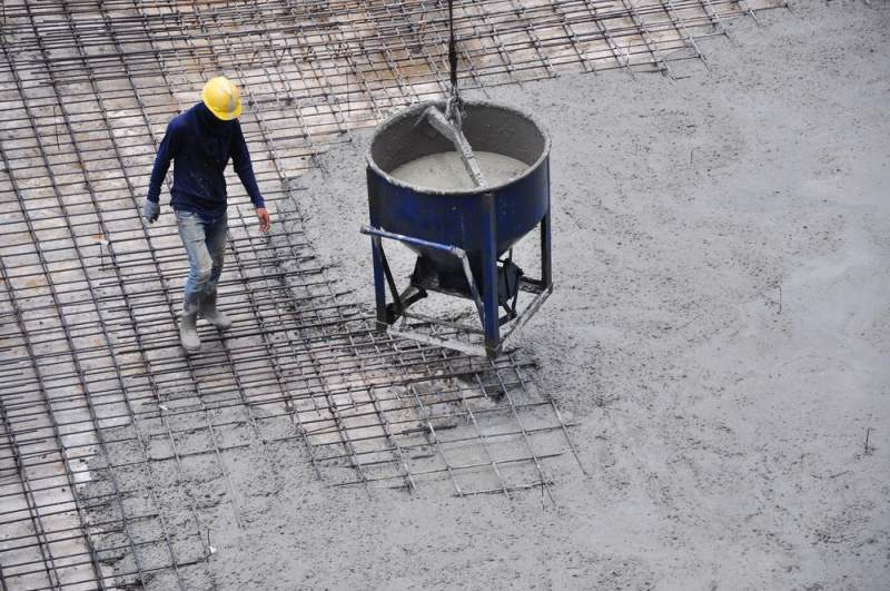 Making-Concrete-Surface