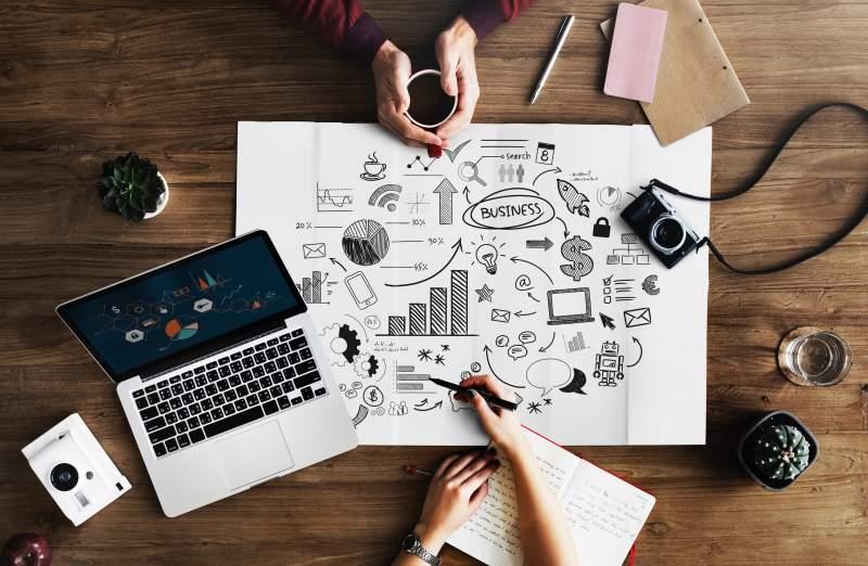 marketing-plan-laptop