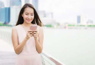 asian-woman-using-smartphone-or-mobile-phone