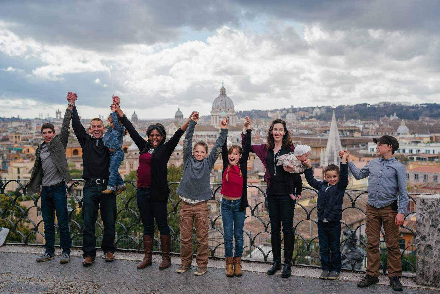 family-rome-travel-kids-people